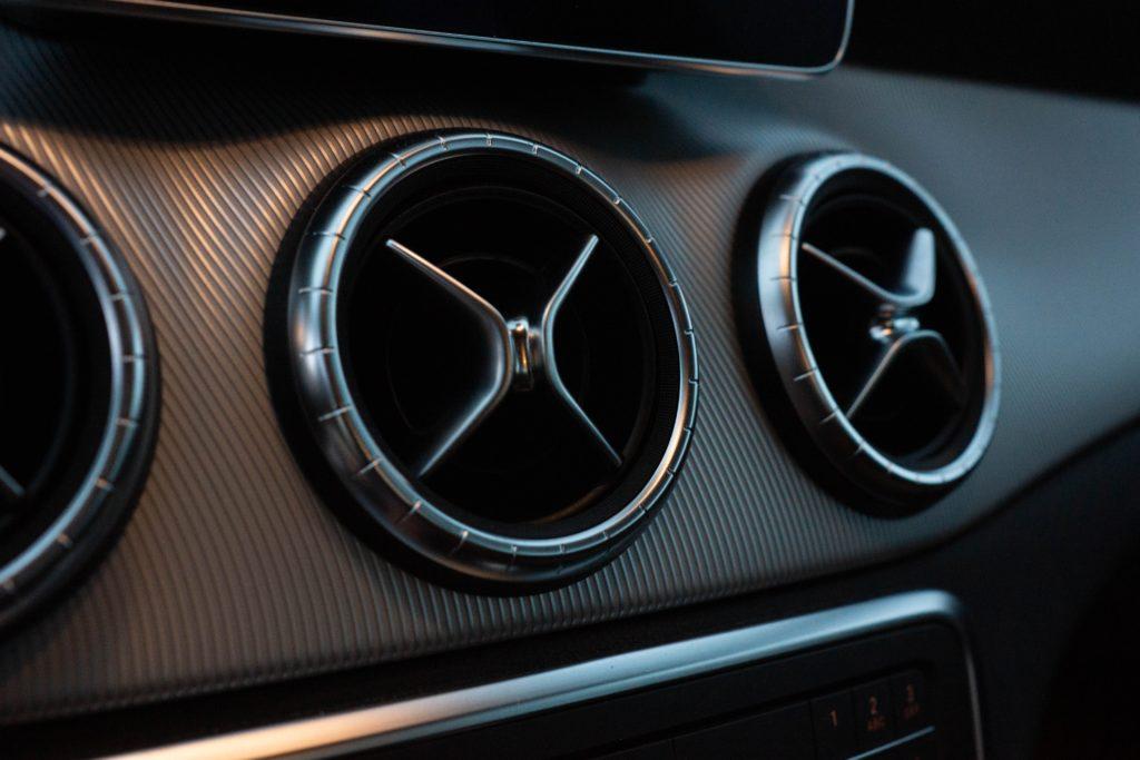 Dlaczego należy dbać o klimatyzację w samochodzie